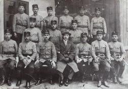 1921 - Nagy Pál elnök (középen), tőle jobbra Csutár László parancsnok